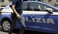 ALL'ALBA IL BLITZ DELLA POLIZIA/ Vicolo della Città vecchia di Taranto trasformato in bazar della droga : dodici arresti