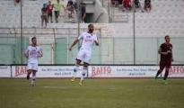 """CALCIO  - Taranto: Crucitti gol, Aversa battuta. Allo Iacovone i rossoblu si impongono di misura sui granata. Mister Cozza: """"Positivi i tre punti ma c'è molto da lavorare"""""""