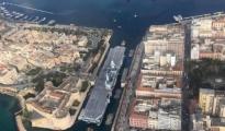Taranto/ Restyling della portaerei Cavour. Il video dello spettacolare ingresso nel Canale navigabile dell'Ammiraglia della Marina.