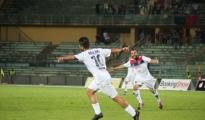 """CALCIO - Taranto: i rossoblu battono 2 a 0 l'Andria allo Iacovone. Decisivi Bollino e Viola. Papagni: """"Questa squadra va sostenuta. Vittoria che fa classifica"""""""
