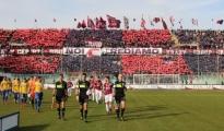 CALCIO/ Taranto: I rossoblù battono 2-1 il Cerignola e avvicinano la vetta