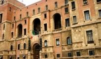 CORONAVIRUS/ Sono 30 su 766 le aziende per cui il prefetto di Taranto ha deciso lo stop, 479 in fase istruttoria, pressing dei sindacati per ArcelorMittal