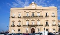 """LAVORO  - Taranto, vertenza dei dipendenti comunali. La Cgil: """"Pronti alla mobilitazione"""""""