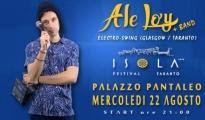 """SPETTACOLI/ Ale Loj e la sua band dalla Scozia all' """"Isola Festival Taranto"""" nella splendida cornice di Palazzo Pantaleo. di Andrea Loiacono"""