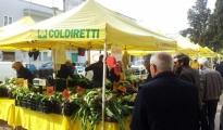 """COLDIRETTI - Le famiglie tarantina consumano sempre più ortofrutta a Km0. Continua il successo per l'iniziativa """"Campagna Amica"""""""