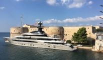 QUI TARANTO/  Per le scene di 6Underground arriva  Kismet, lo yacht da 500mila euro a settimana