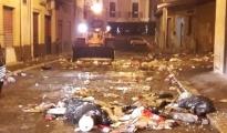 Taranto/ Amiu al lavoro nella notte di Capodanno dopo i festeggiamenti.