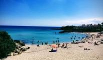 FASE 2/ In spiaggia niente animazione, giochi, balli, feste e rinfreschi vari, e la distanza va mantenuta anche in acqua